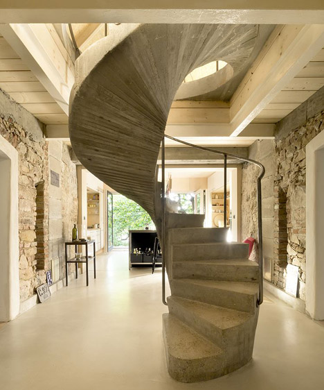 """""""Studio_and_House_in_Prague_by_A1Architects_Agnes-Samour_468_18"""""""