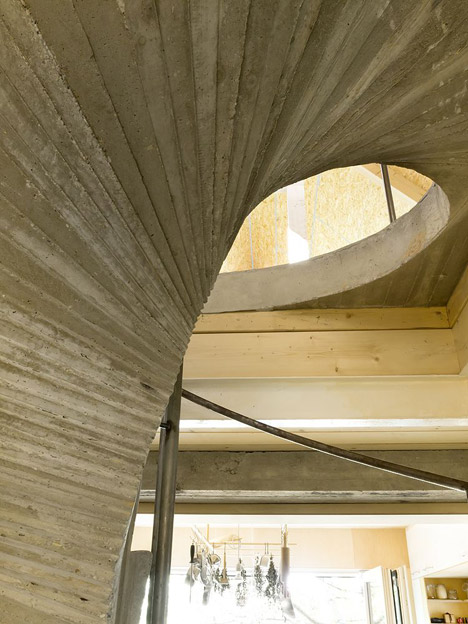 """""""Studio_and_House_in_Prague_by_A1Architects_Agnes-Samour_468_19"""""""